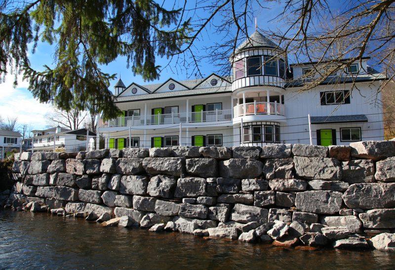 Awesome hotel Roxbury Motel in Great Western Catskills